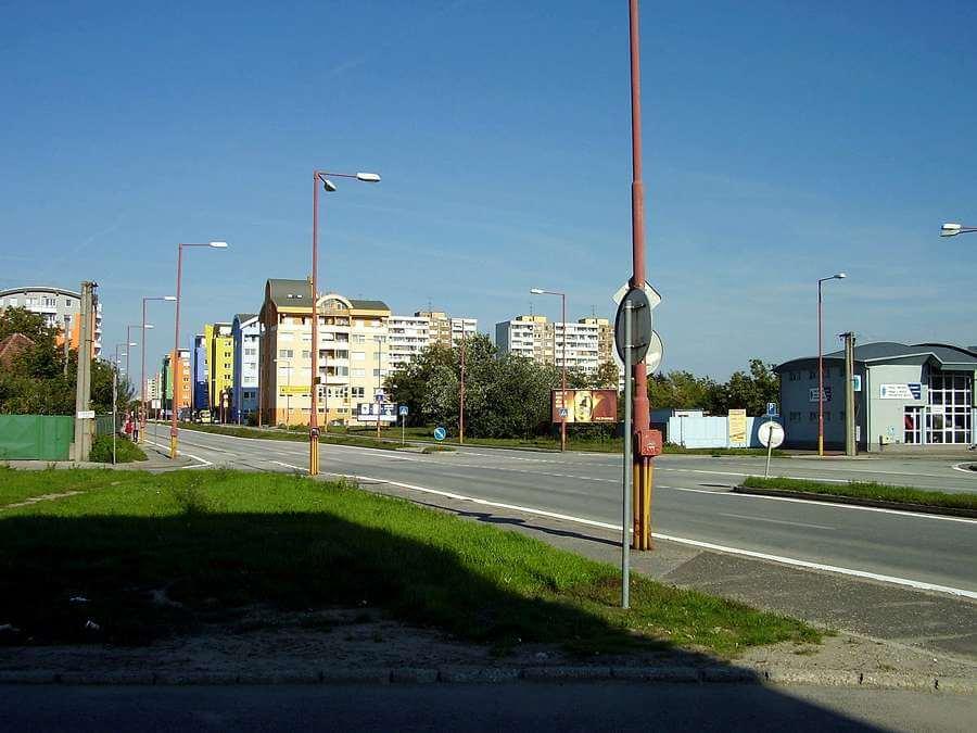 Taxi Podunajské Biskupice NONSTOP - pre jednotlivcov aj viac osôb